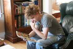 thomas brodie sangster <3>>> but just imagine waking up and walking into the living room to see his messy hair and he says good morning and hugs you and I'm finished.