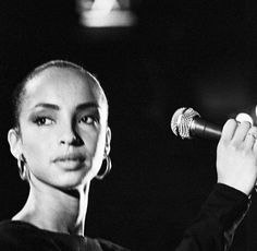 Sade: The Timeless Beauty Sade Adu, Timeless Elegance, Timeless Beauty, Classic Beauty, Marvin Gaye, Black Is Beautiful, Beautiful People, Beautiful Women, Music Wall Art