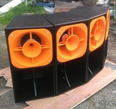 Pro Audio Speakers, Horn Speakers, Systems Art, Dj Gear, Dj Equipment, Speaker Design, Rigs, Revolution, Concert