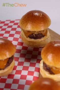Instead of grilling your sliders, bake them! Make these scrumptious and easy Baked Beef Sliders tonight!