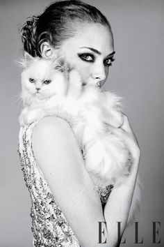 See photos of Amanda Seyfried. The Mean Girls star talks to ELLE about her acting career—from the early days to her hot movie career. Check out the Amanda Seyfried photo shoot. Beauty Photography, Animal Photography, Crazy Cat Lady, Crazy Cats, Celebrities With Cats, Celebs, Portrait, International Cat Day, Cat People