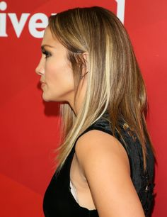 """Nothing Says """"Hello, Spring!"""" Like J Lo's Fresh New Haircut"""
