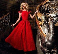 Любовь есть желание наслаждаться красотой.Красота же есть некое сияние ,влекущее человеческую душу. Salon-lab.ru М.Китай город,Покровский бульвар 16/10 Запись по тел. 8(495)9696398 8(903)1981899