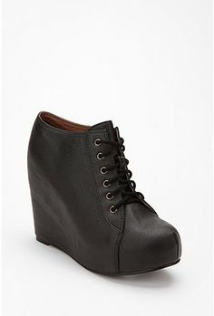 i want these jeffery campbell shoes so badly. hmph.