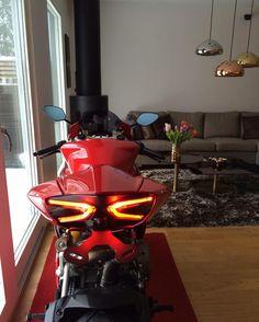 Motorcycles, bikers and more — Ducati Moto Bike, Motorcycle Bike, Bike Bmw, Motorcycle Design, Bike Design, Super Bikes, Ducati Motorcycles, Cars And Motorcycles, Ducati Desmo