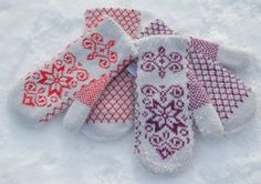 Winter gloves.  I love the nordic snowflakes!