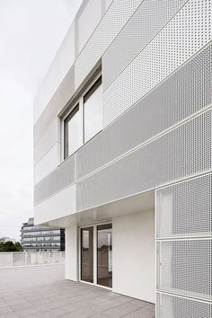 a f a s i a RMDM perforated metal white facade different size perforations is part of Metal facade - Metal Facade, Metal Cladding, Concrete Facade, Metal Screen, Industrial Architecture, Facade Architecture, Contemporary Architecture, Amazing Architecture, Minimalist Architecture