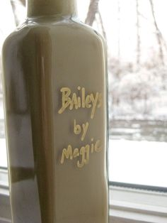 I realize homemade Baileys may be too rich or silly for some of you, but my friends live for a small nip at the holiday season. As guests left my home last year, I sent them packing with hugs and little glass bottles filled Read more. Fun Drinks, Yummy Drinks, Alcoholic Drinks, Cocktails, Beverages, Healthy Drinks, Glass Bottles, Perfume Bottles, Homemade Baileys