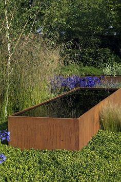 Vijver corTen staal - Artiplant. Complete vijvers, fonteinen, watertafels en waterschalen in aluminium of corTen staal.