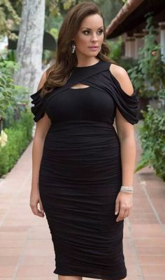 Ruched Dress, Bodycon Dress, 2020 Fashion Trends, Fashion Outfits, Dress Outfits, Dresses, Cute Summer Outfits, Curvy, Plus Size