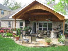 Design Patio, Covered Patio Design, Covered Back Patio, Backyard Patio Designs, Covered Porches, Covered Patios, Porch Roof Design, Patio Roof, Pergola Patio