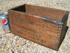 OLD Leitz Hardware Wooden Crate Finger Cut Box Jointed Michigan