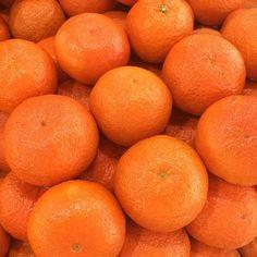 """#tangerina #mexerica #tangerin #mandarin #bergamota #food #nofishnoseafood #foodporn #foodlovers #instafood #foodgasm #tagsforlikes #instancool #nofilter…"""