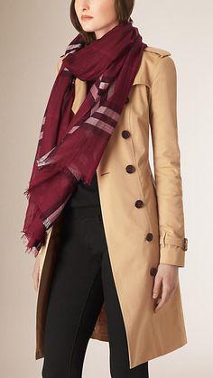 Checks plum Pañuelo ligero en lana y seda con motivo de checks - Imagen 2