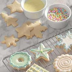 Confectioners' Sugar Glaze Recipe -This versatile glaze is shared by our Test Kitchen. You can make the basic powdered sugar glaze and tint it with food coloring if desired. For chocolate lovers, skip the food coloring and stir in some baking cocoa. Glaze Icing, Glaze Recipe, Icing Recipe, Cookie Glaze, Cookie Frosting, Holiday Baking, Christmas Baking, Holiday Treats, Holiday Recipes