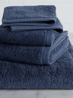 A design by Samantha Pynn exclusively for Simons Maison     Made in Portugal, these TK towels in eight perfect colours will bring a super-soft and super-luxe touch to your bathroom, no matter what your style. Available in charcoal, navy, lavender, sky blue, blush, ivory and snow white.      Dimensions   Bath: 70 x 140 cm  Hand: 50 x 75 cm  Facecloth: 30 x 30 cm  Guest towel: 30 x 50 cm