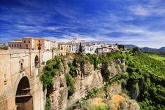 Residencia in Spanien: Unser neuer Wohnsitz in Ronda Switzerland, Mansions, House Styles, Blog, Spain, Places, Mansion Houses, Manor Houses, Fancy Houses