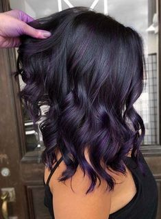 Fresh Purple Hair Color Shades for Fall Season 2019 We're going. Fresh Purple Hair Color Shades for Fall Season 2019 We're going to show off you here so many best shades of purple hair colors and hairstyles for those ladies who color ideas Hair Color Shades, Hair Color Purple, Hair Color For Black Hair, Cool Hair Color, Purple Hair Highlights, Violet Hair Colors, Dark Violet Hair, Dark Hair With Purple, Purple Hair Streaks