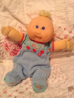 Vintage Cabbage Patch Kid Boy Doll Transitional Preemie Baby Blue Eyes HM 9