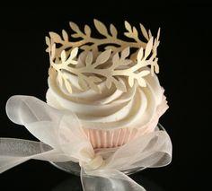 Edible Gold Laurel Wreath Cupcake Crowns