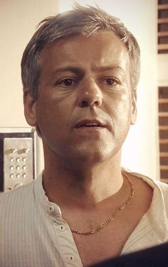 Rupert Graves as James Lavender in Death in Paradise