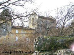 Saint-Émilion - 8) HADES ARCHEO, LA MADELEINE: Cette projection fonctionne parfaitement avec les tombes dégagées au S. ainsi qu'avec le témoin d'un arrachement de maçonnerie repéré dans la paroi rocheuse le long de la route actuelle. Lors de cette campagne, 79 tombes rupestres ont été identifiées pour la plupart vides. Néanmoins le retrait du remblai de terre recouvrant le roc d'une portion de la parcelle AO106 a permis la fouille de plus d'une 20° de tombes.