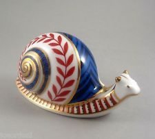 Royal Crown Derby Imari Paperweight Animal Gold Button Boxed Snail b8