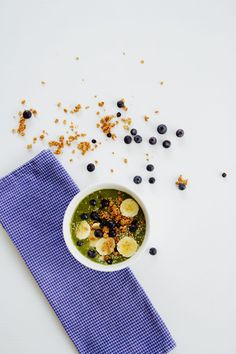 Easy acai bowl recipe with avocado, spinach and kale