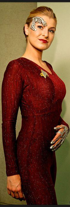 Star Trek Sewing Pattern TOS Romulan Commander Cosplay Comic Con Fancy Plus