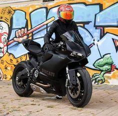 Daleen.Fouche. (@dadaspear) on Twitter Ducati Motorbike, Motorbike Girl, Yamaha, Chopper Bike, Moto Bike, Super Bikes, Street Bikes, Bike Life, Cool Bikes