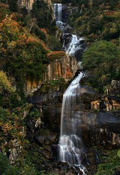 Waterfalls in Turkey. Beautiful World, Beautiful Places, Beautiful Pictures, Beautiful Waterfalls, Beautiful Landscapes, Waterfall Fountain, Holiday Places, Belleza Natural, Amazing Destinations