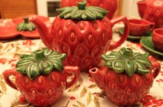 Strawberry Tea service