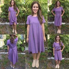 Jusqu'à la taille d'un carly Carley Lularoe, Lularoe Carly Dress, Lularoe Dresses, Carly Lularoe Styling, Style Lularoe Carly, Lula Outfits, Viernes Casual, Stylish Outfits, Fashion Outfits
