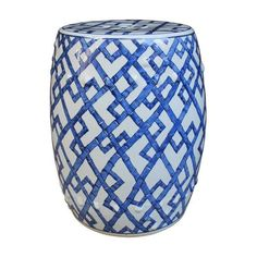 Blue Bamboo Garden Stool This porcelain garden stool is great for indoor and outdoor decor. With a Chinese bamboo accent, this is a great way to add some color into your home. Ceramic Stool, Ceramic Garden Stools, Design Azul, Living Room Stools, Dining Room, Room Chairs, Dining Chairs, Grand Luxe, Zen