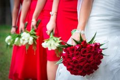 ramo de flores para damas de honor vestido rojo - Buscar con Google
