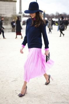 Pink pleats and navy cashmere. I need to make that hat happen.