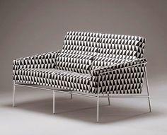 Arne Jacobsen sofa 3302 1956
