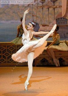 Hermosa  Bailarina de Ballet  !!!!