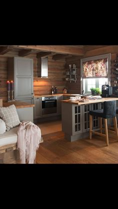 Many small log cabin homes are highly decorative with excellent finishes. You could easily design a log home yourself and you could go from there, but it's a good… Continue Reading → Small Cabin Interiors, Small Cabin Kitchens, Log Home Kitchens, Log Home Interiors, Small Log Cabin, Log Cabin Homes, Cozy Cabin, Cabin Design, Küchen Design