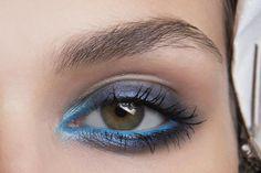 35 Ways to Wear Colorful Eyeliner - blue rim liner + navy smokey eyeshadow