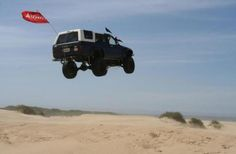 A day at the beach...Toyota 1986 4Runner with 22re Total Chaos and Deaver suspension