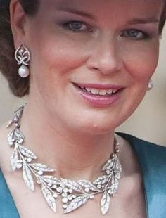 The Laurel Wreath Tiara worn as a necklace with matching pearl earrings by HRH P. : The Laurel Wreath Tiara worn as a necklace with matching pearl earrings by HRH Princess Mathilde, Duchess of Brabant (wife the heir to the Belgian throne) Royal Crown Jewels, Royal Crowns, Royal Tiaras, Royal Jewelry, Tiaras And Crowns, Jewellery, Diamond Earrings, Pearl Earrings, Laurel Wreath