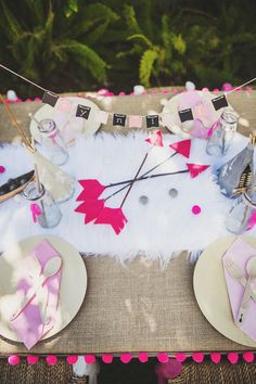 western kid table - little bunting - fire and creme kids - western decorations girl | photo by sophie jacobson/love bucket photo