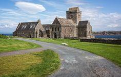 Iona Abbey von Holger Wiedemann. Scotland.