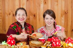 In the fifth day of Shrovetide the mother-in-law did the return visit by the son-in-law on pancakes: the son-in-law since evening invited the mother-in-law on a visit, and she sent him products for pancakes and ware for cooking.