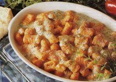 Ricette di Natale: Come Preparare Deliziosi Gnocchi di Patate e Peperoni Gratinati. #cucina #ricette #antipasti #Natale