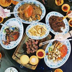 MICHELIN Guide awards 34 restaurants and street food outlets across 19 cuisines a Bib Gourmand, featuring Singapore's top dishes under S$45.