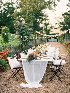Jessica Zimmerman | ZIMMERMAN Events | Moss Mountain Photo Shoot | Once Wed | How to Decorate an Intimate Garden Wedding | zimmermanevents.com #mossmountain #gardenparty