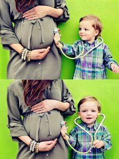 Maternity photography idea.   ****** www.pregnancycorner.com