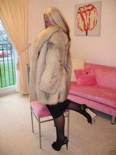 Girly Outfits, Fox Fur, Furs, Like Me, Mantel, Nice, Pretty, Science Fiction, Jackets